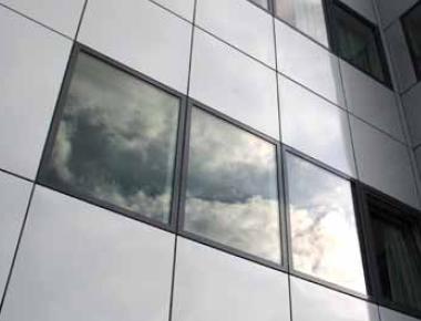 Velfac fyldninger i en facade